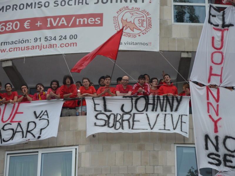 El Johnny No Se Cierra